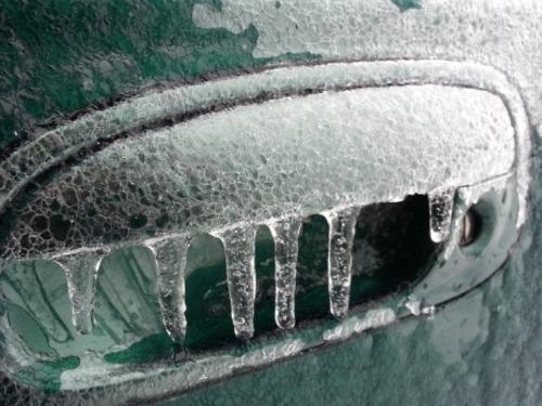 Как разморозить авто после «ледяного дождя»